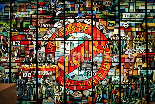 NUR Stained glass window RMT Headquarters london - Duncan Phillips - 2001-10-23