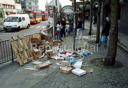 Uncollected Rubbish in the street, Finsbury Park North London - Duncan Phillips - 2002-02-06