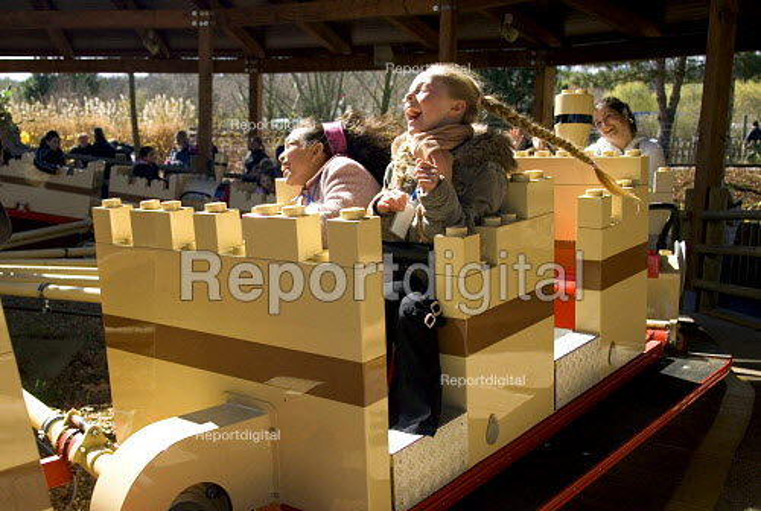 Children on a ride Legoland, Windsor - Duncan Phillips - 2006-04-02
