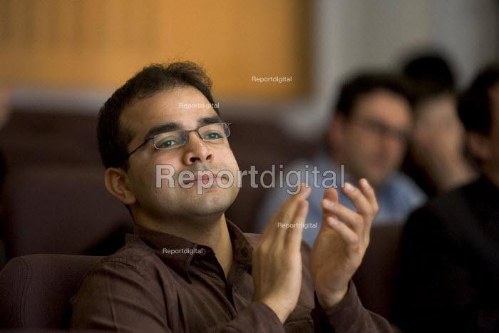 University student attending a lecture. - Duncan Phillips - 2006-03-02