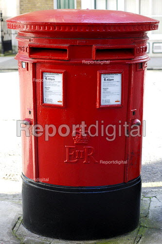 Post Box - Duncan Phillips - 2007-03-06