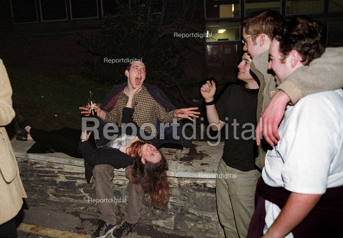 Drunk University Students in the streets of Bangor after a night out - Duncan Phillips - 1999-05-30