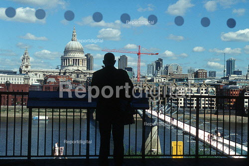 View of the River Thames, with St Pauls Cathedral and the City of London in the background - Duncan Phillips - 2003-05-30