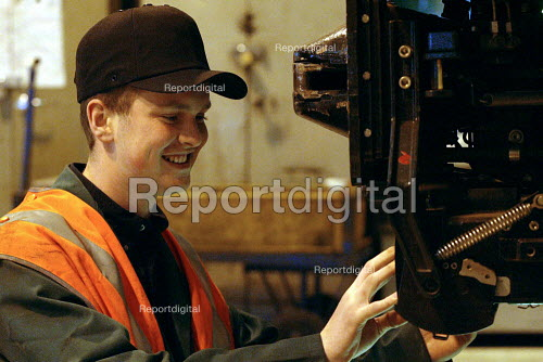 Apprentices training in mechanical maintenance on trains. Selhurst Depot, London - Duncan Phillips - 2003-03-24
