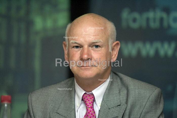 Howard Davies LSE - Duncan Phillips - 2005-09-01