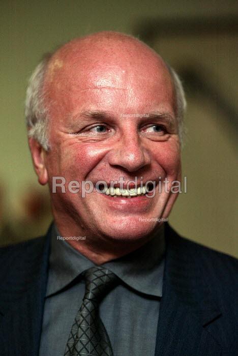 Greg Dyke - Duncan Phillips - 2004-10-18