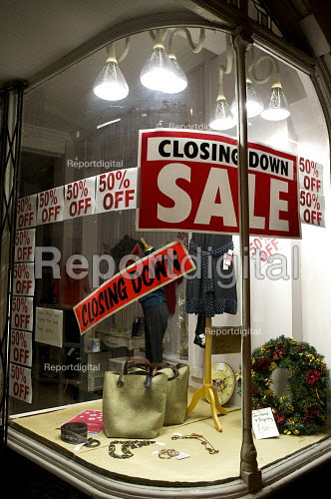 Small Retail shop closing down sale. London - Duncan Phillips - 2008-11-25