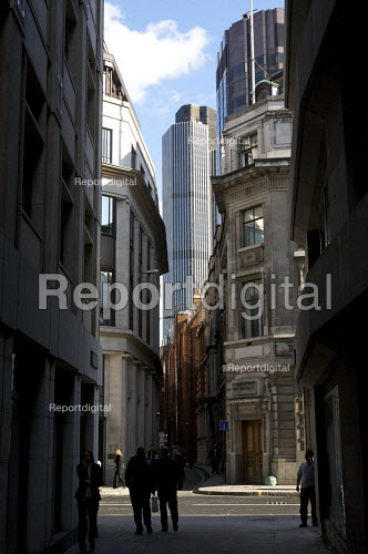 Tower 42, NatWest Tower, in the city of London financial district. - Duncan Phillips - 2008-10-22