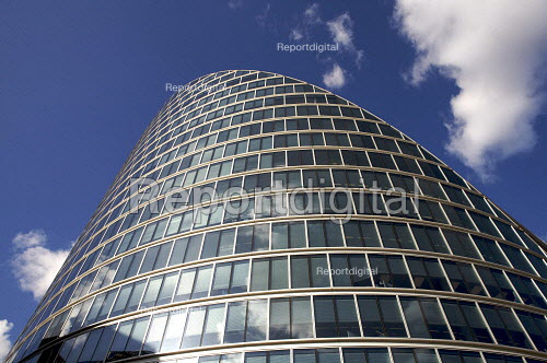 Moorhouse, Moorgate, the city of London financial district. - Duncan Phillips - 2008-10-22