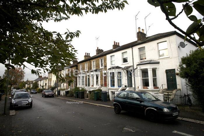 Terraced Street , Barnet, London - Duncan Phillips - 2008-10-15