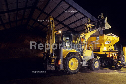 Loading Gritting lorry at council depot, Harrow, London - Duncan Phillips - 2007-02-10