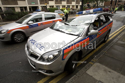 Crashed Police Car, Islington, London - Duncan Phillips - 2008-07-17