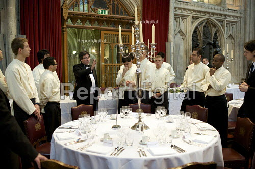 Catering staff preparing for a banquet at the Guildhall, London. Being instructed - Duncan Phillips - 2009-04-27