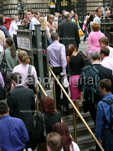 Bank station which was evacuated in the rush hour due to a security alert. - Duncan Phillips - 2005-07-15