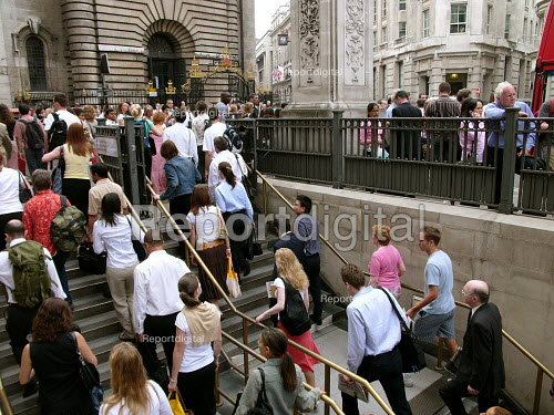 Bank station which was evacuated in the rush hour due to a security alert. - Duncan Phillips - 2005-07-07