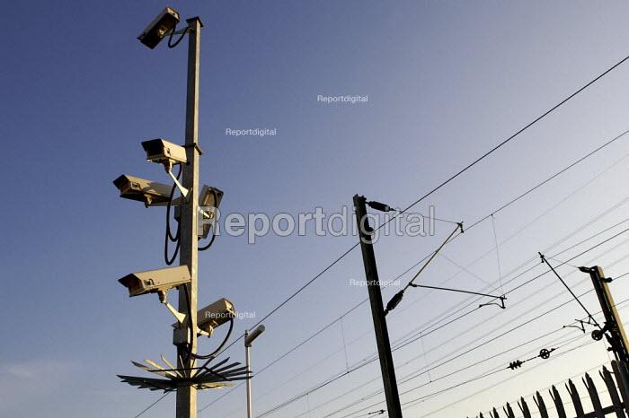 CCTV Cameras. - Duncan Phillips - 2007-02-01