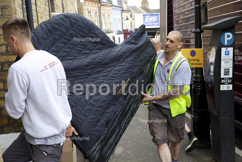 Adams Removal men, moving furniture and household possessions. - Duncan Phillips - 2015-05-29