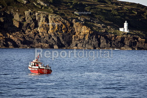 Fishing trip of the coast of Cornwall - Duncan Phillips - 2010-08-30