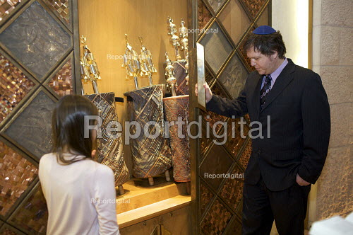Closing the doors of the Arc, containing the Torah scrolls, the sacred scrolls of Judaism used in the public worship of the synagogue, The Liberal Jewish Synagogue, London - Duncan Phillips - 2010-03-18