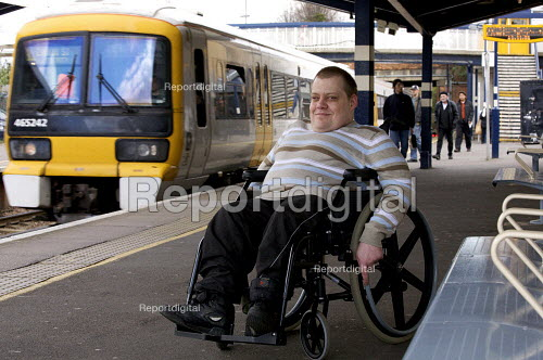 Disabled persons using the railways. - Duncan Phillips - 2008-04-08