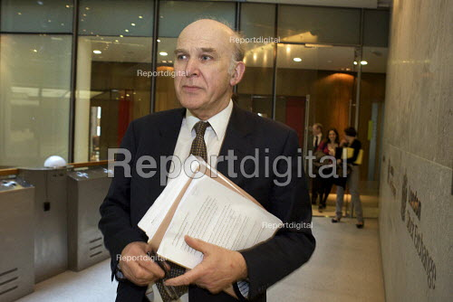 Vince Cable at the London stock Exchange calling for a cross-party Council of Financial Stability to agree the timetable and scale of deficit reduction. - Duncan Phillips - 2010-03-22