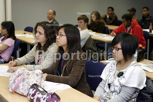 Open Day for prospective students at City University in London. - Duncan Phillips - 2005-10-10
