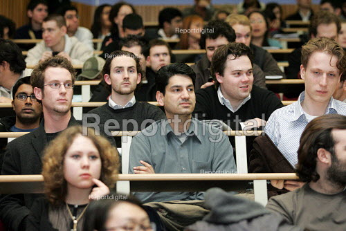 Students in a university lecture. - Duncan Phillips - 2005-03-16