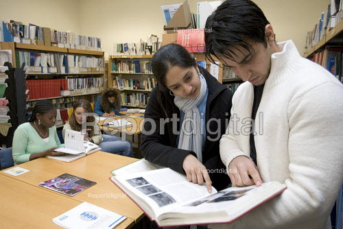 Students in a university library. - Duncan Phillips - 2005-03-16