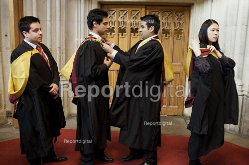 University Graduation at Guildhall, in London. - Duncan Phillips - 2010-03-15