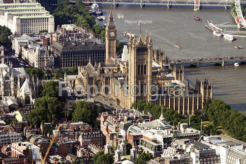 Aerial view of The Houses of Parliament, Palace of Westminster, London - Duncan Phillips - 2013-07-26
