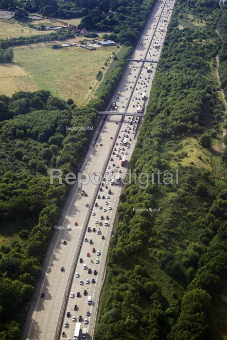 Aerial View of London - M25 motorway - Duncan Phillips - 2013-07-26