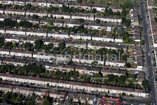 Aerial View of London - Housing south east London - Duncan Phillips - 2013-07-26