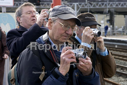 Train spotters photographing the Royal train at Stafford for the Queens visit to the town - Duncan Phillips - 2006-03-31