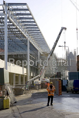 Construction work at St Pancras Station, Kings X London - Duncan Phillips - 2005-11-29