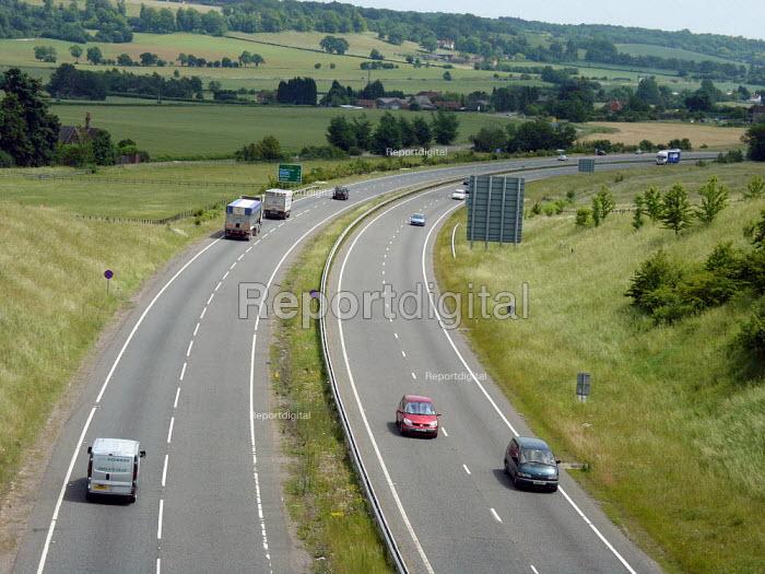 A41 Hertfordshire. - Duncan Phillips - 2005-05-26