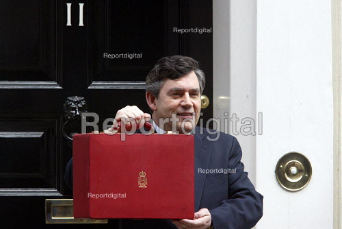 Gordon Brown leaving Number 11 Downing Street with his 2003 Budget - Duncan Phillips - 2003-04-09