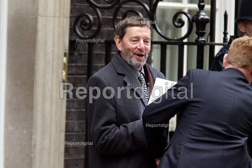 David Blunkett leaving Number 10 Downing Street after a cabinet meeting. - Duncan Phillips - 2003-04-09