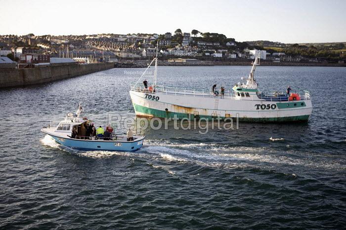Fishing boats returning to port, Penzance, Cornwall - Duncan Phillips - 2010-08-30
