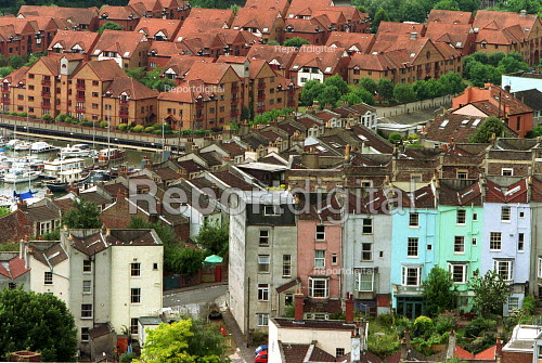 Old and new, terraced and town Houses by the docks. Bristol - Duncan Phillips - 2003-07-13