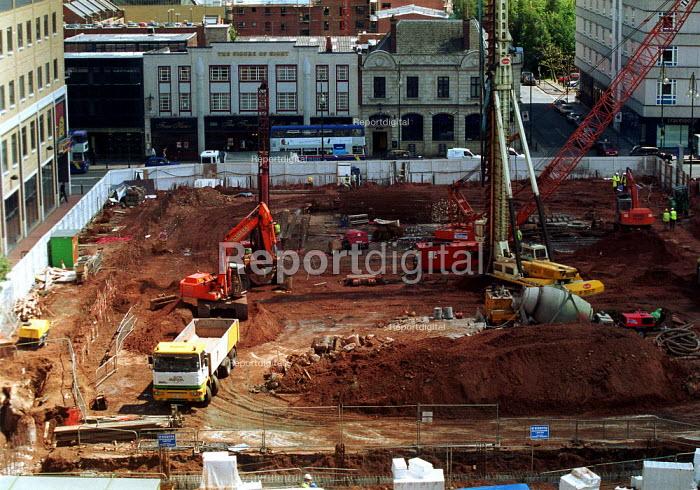Building site Brindley Place Birmingham - John Harris - 2000-06-06