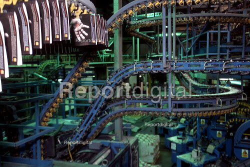 Automated print production Quebecor printworks. Corby. - John Harris - 2001-01-16