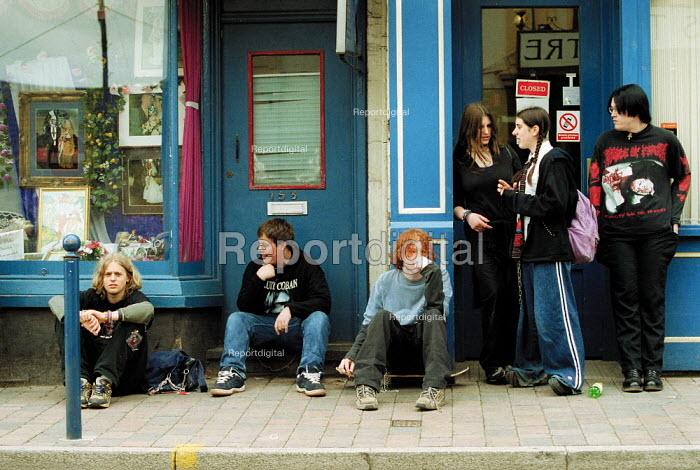 Youth on the street Gloucester. - John Harris - 2001-05-19