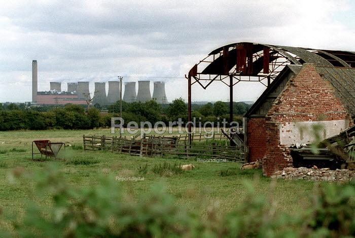 Disused farm with power station. Nottinghamshire. - John Harris - 2001-09-07