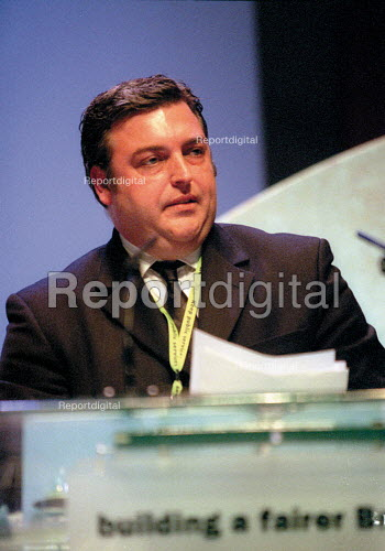Mick Rix ASLEF addressing Labour Party Conference 2001 - John Harris - 2001-10-01