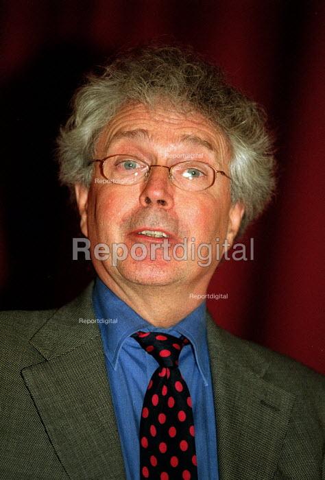 Peter Brannen ILO, International labour organisation - John Harris - 2001-11-29