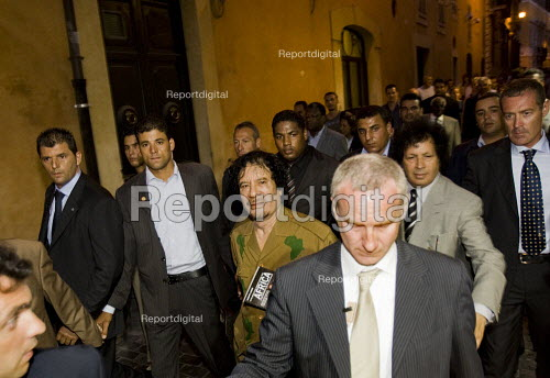 Colonel Gaddafi on walk about in Rome during the G8 demonstrations Rome. Italy. - Jess Hurd - 2009-07-08