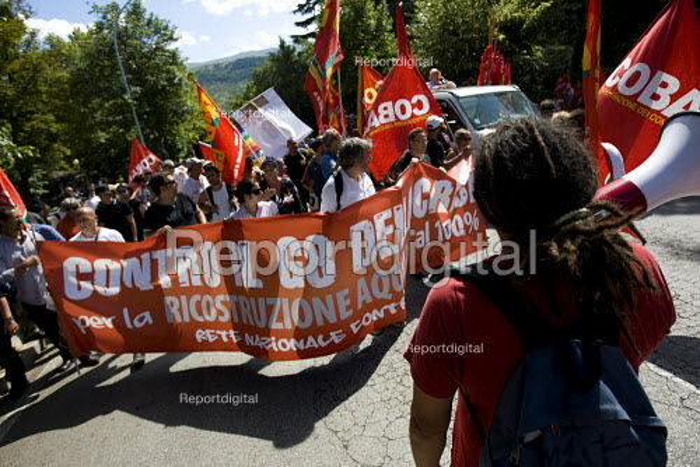 G8 anti G8 Summit demonstration in LAquila. Italy. - Jess Hurd - 2009-07-10