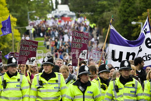 Unite Against Fascism protest outside the BNP Red White and Blue Festival in Condor, Derbyshire. - Jess Hurd - 2009-08-15
