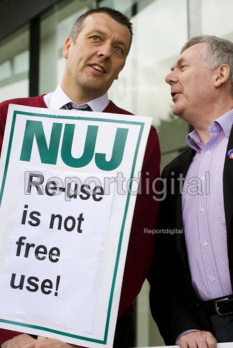 Jeremy Dear and John Toner join NUJ protest against Guardian News & Media's plans to stop paying freelance photographers for reuse of their pictures. London. - Jess Hurd - 2009-09-01