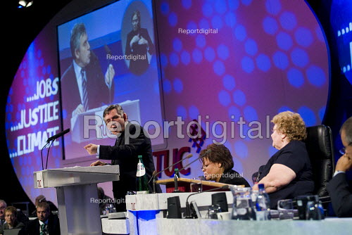 Gordon Brown speaks at TUC Conference, Liverpool. Sheila Bearcroft GMB - Jess Hurd - 2009-09-15